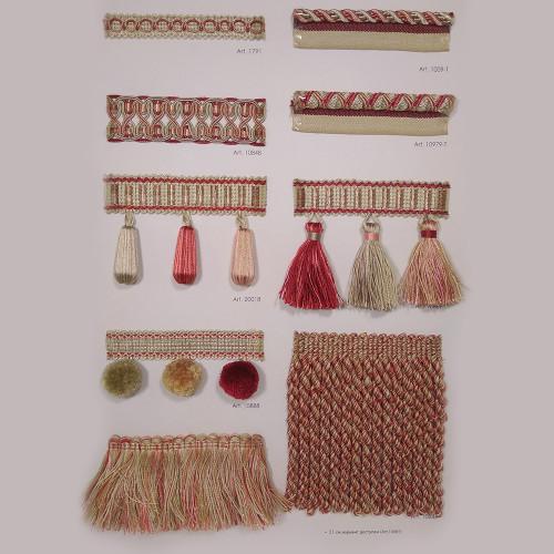 Фото бахромы с помпонами Gold Textil 10888 7437